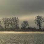 Erster Frost am Fluss